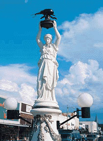 boll-weevil-monument.jpg